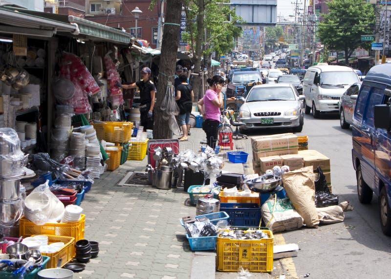 Mercado de pulga em Seoul foto de stock