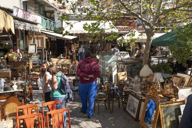 Mercado de pulgas de Atenas el domingo imagen de archivo