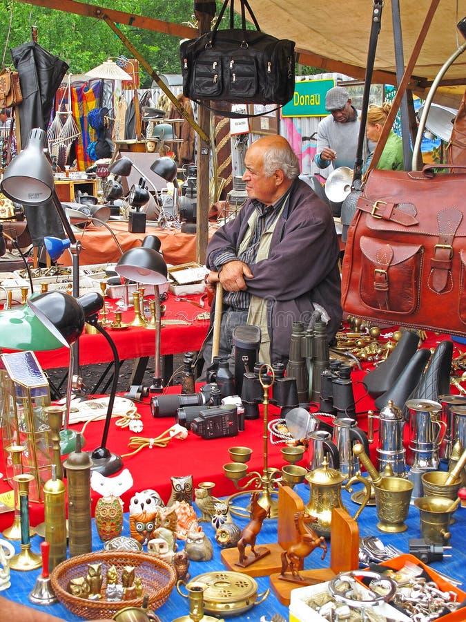 Mercado de pulgas Mauerpark, Berlín imagen de archivo libre de regalías
