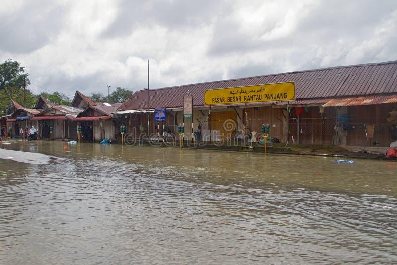 Mercado de Rantau Panjang na inundação imagens de stock