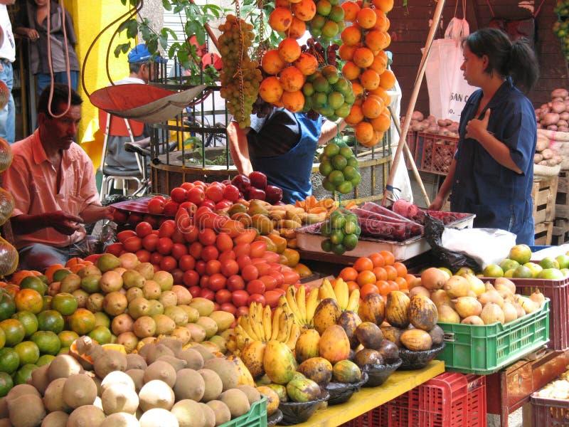 Mercado de rua Colômbia imagem de stock