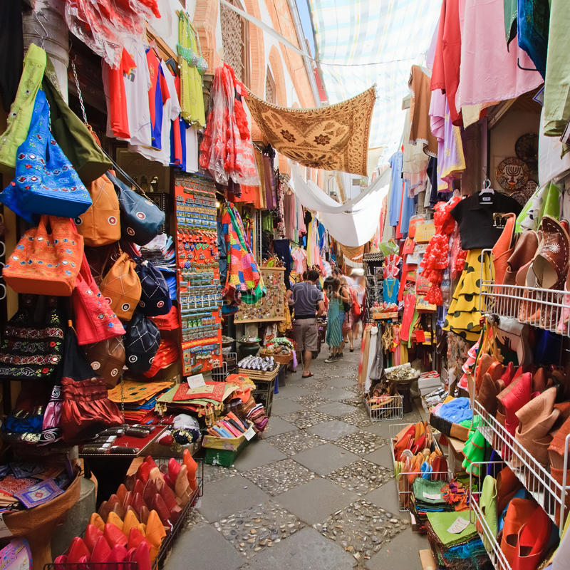 Mercado de Sreet em Granada imagens de stock royalty free