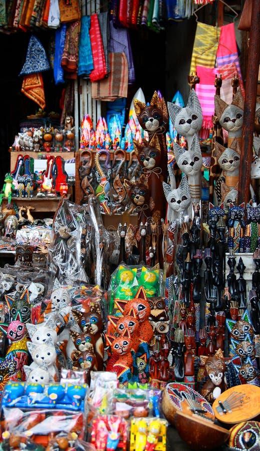 Mercado del arte tradicional de Ubud foto de archivo libre de regalías
