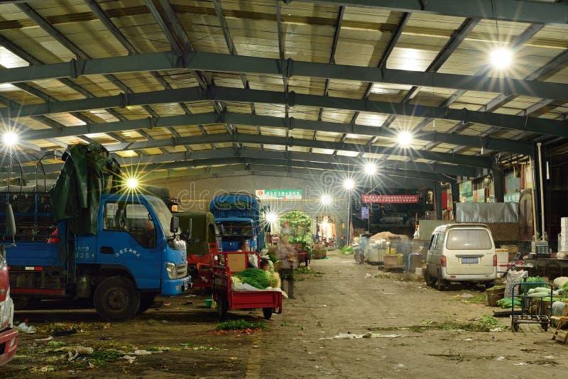 Mercado do China-vegetal de Yaan da noite imagens de stock