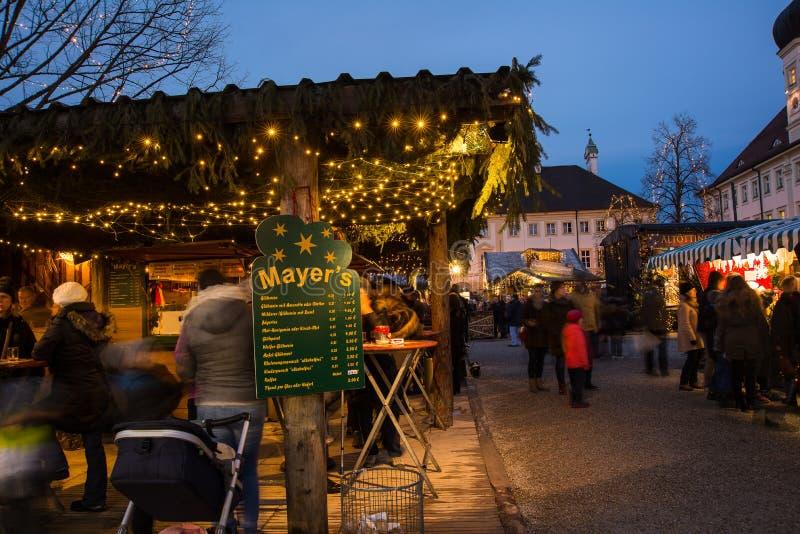 Mercado do Natal de Christkindlmarkt em Altötting, Alemanha fotos de stock royalty free