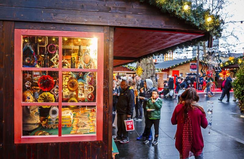 Mercado do Natal, Londres, Inglaterra, Reino Unido, Europa fotografia de stock