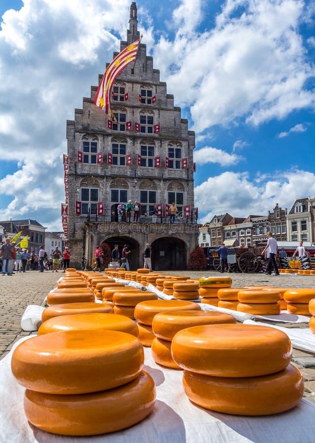 Mercado do queijo de Gouda, os Países Baixos fotografia de stock royalty free