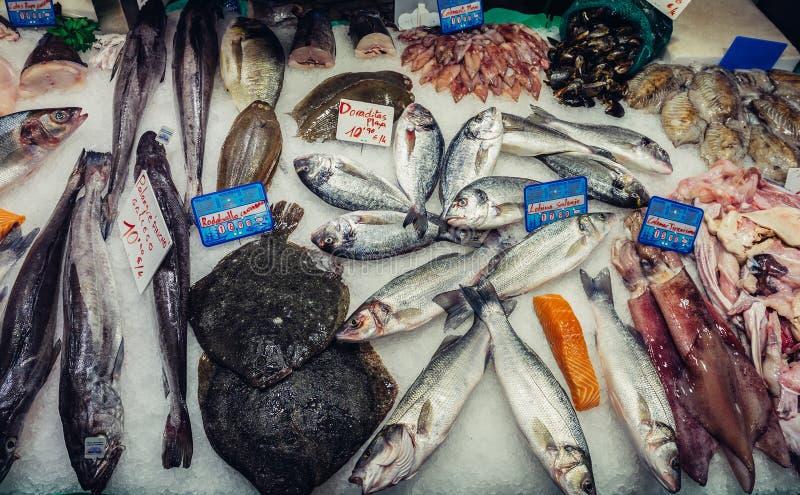 Mercado em Barcelona fotos de stock royalty free