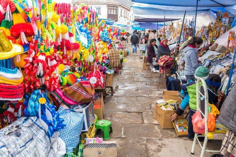 Mercado em Copacabana, Bolívia imagem de stock royalty free