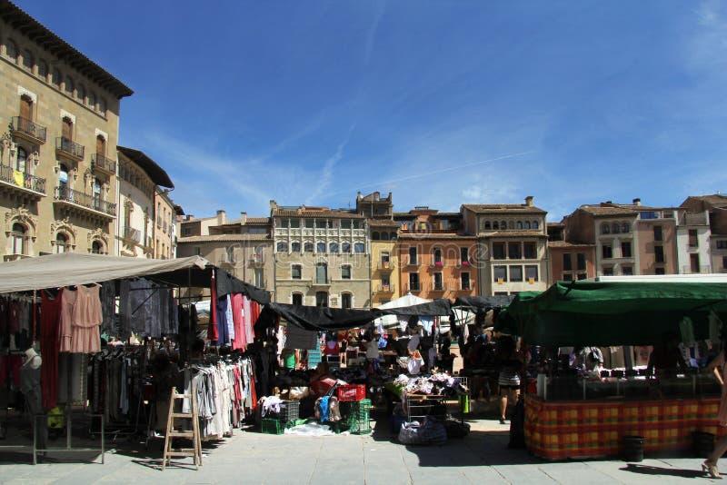 Mercado en la plaza principal provincia de Vic, Barcelona, Cataluña, foto de archivo
