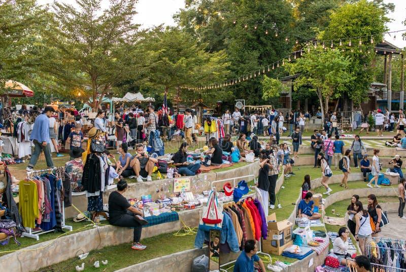 Mercado feito a mão moderno extravagante em Baan Kang Wat em Chiang Mai imagens de stock