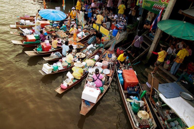 Mercado flotante imagen de archivo