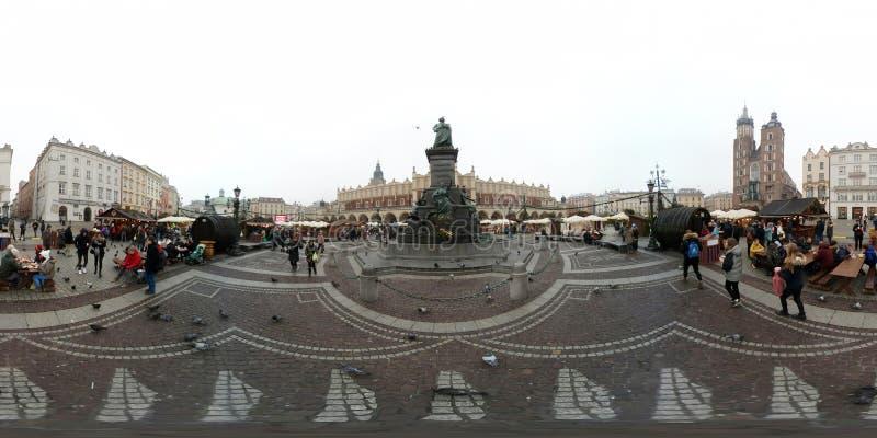 Mercado justo do Natal no quadrado principal no centro da cidade velha fotos de stock royalty free