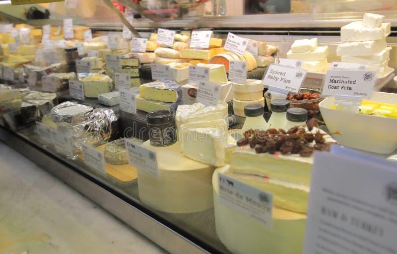 Mercado Melbourne Austrália da rainha Victoria da loja do queijo fotografia de stock royalty free