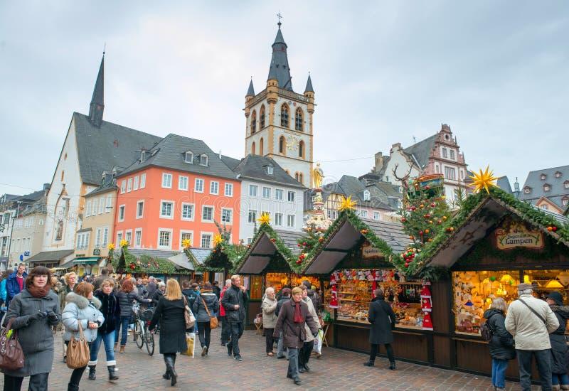 Mercado na Noite de Natal imagem de stock royalty free