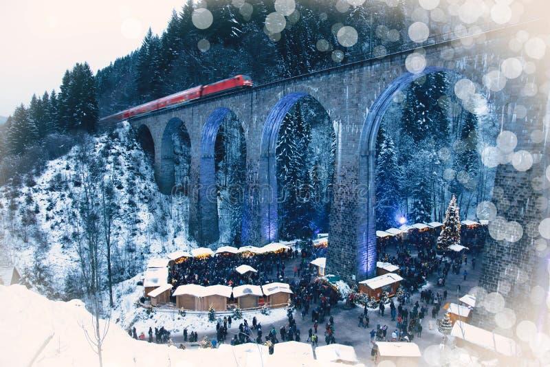 Mercado tradicional do Natal do desfiladeiro de Ravenna, Alemanha imagem de stock royalty free