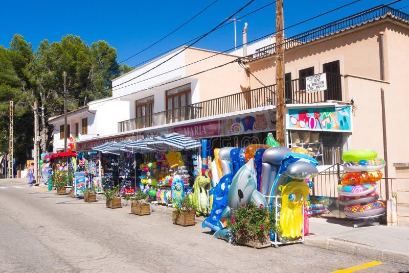 Mercadoria da loja em Mallorca, Espanha fotografia de stock royalty free