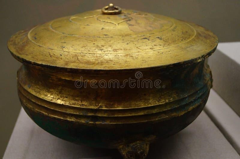 Mercadorias de bronze antigos de China foto de stock