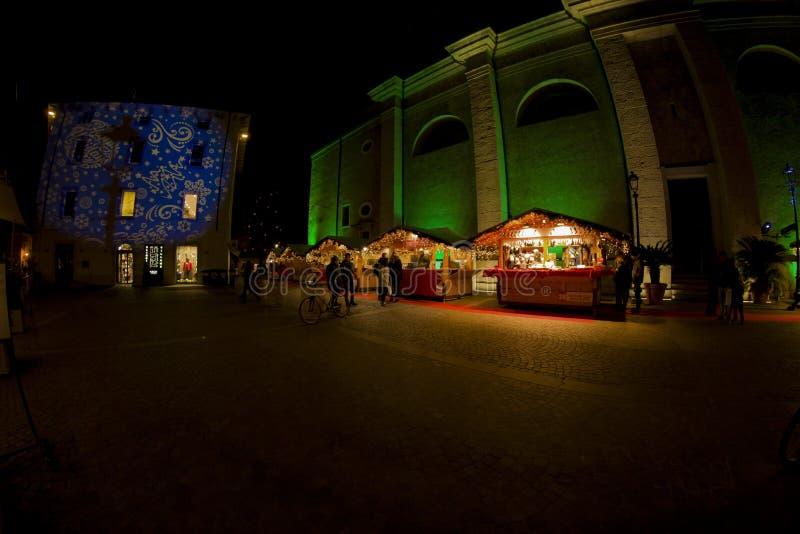 Mercados navideños y decoraciones en el país de Tenno foto de archivo libre de regalías