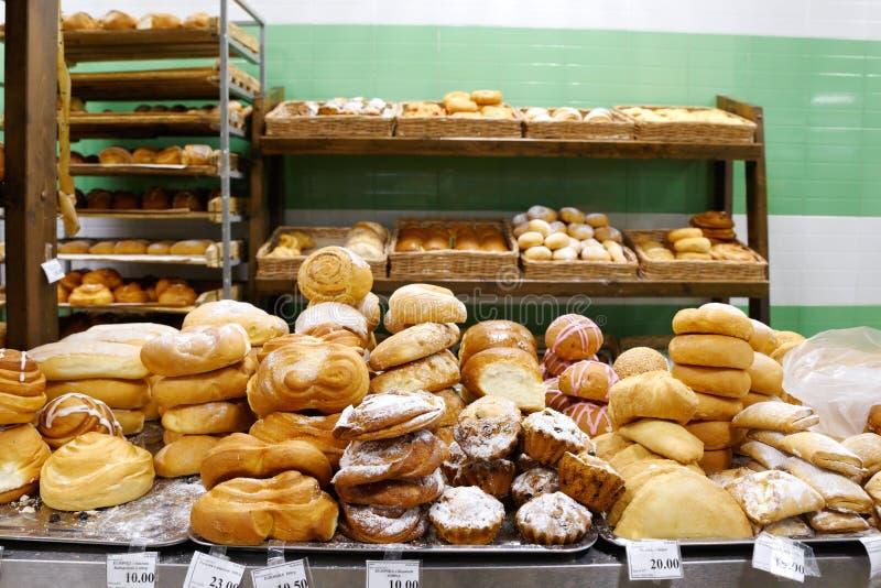 Mercancías del pan en el solenoide-Iletsk fotos de archivo libres de regalías