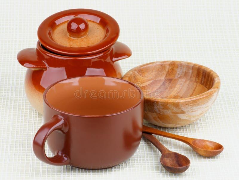 Mercancías del plato de la cocina fotos de archivo