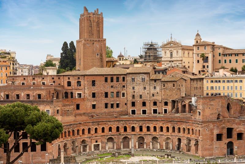 Mercati Di Traiano και Torre delle Milizie - Ρώμη Ιταλία στοκ φωτογραφίες με δικαίωμα ελεύθερης χρήσης
