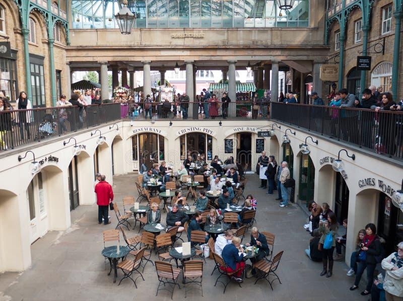 Mercato del giardino di Covent, Londra, Regno Unito fotografia stock