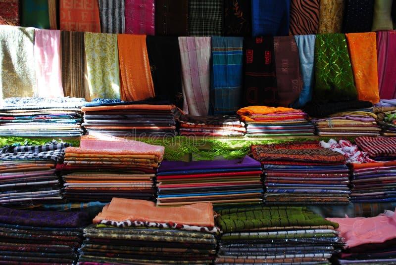 Mercato del tessuto in Sharm el-Sheikh fotografia stock