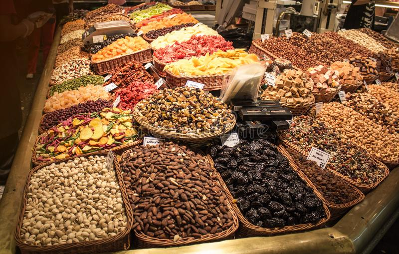Mercato dell'alimento di estate 2014 di Barcellona immagine stock