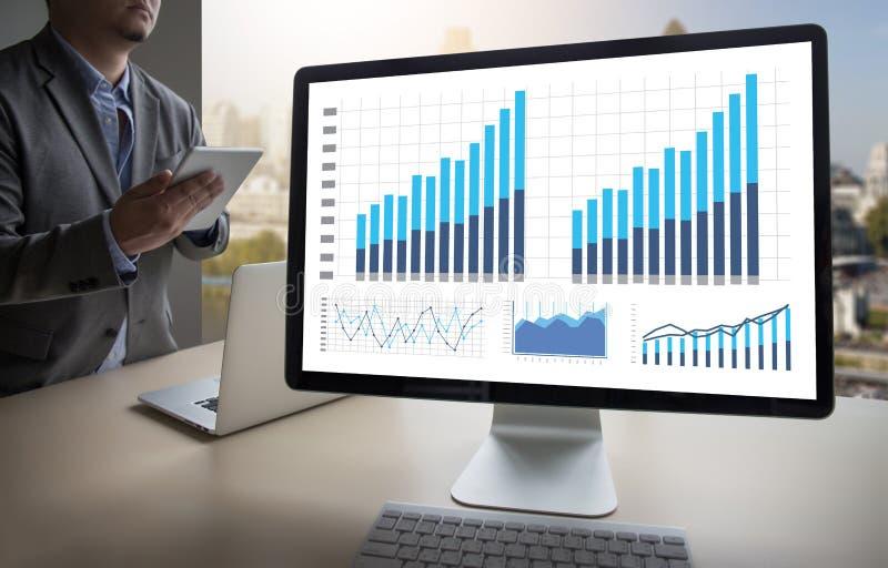 Mercato di aumento di crescita del diagramma di dati di gestione di analisi di statistiche fotografie stock libere da diritti