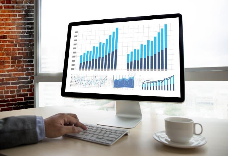 Mercato di aumento di crescita del diagramma di dati di gestione di analisi di statistiche fotografia stock libera da diritti