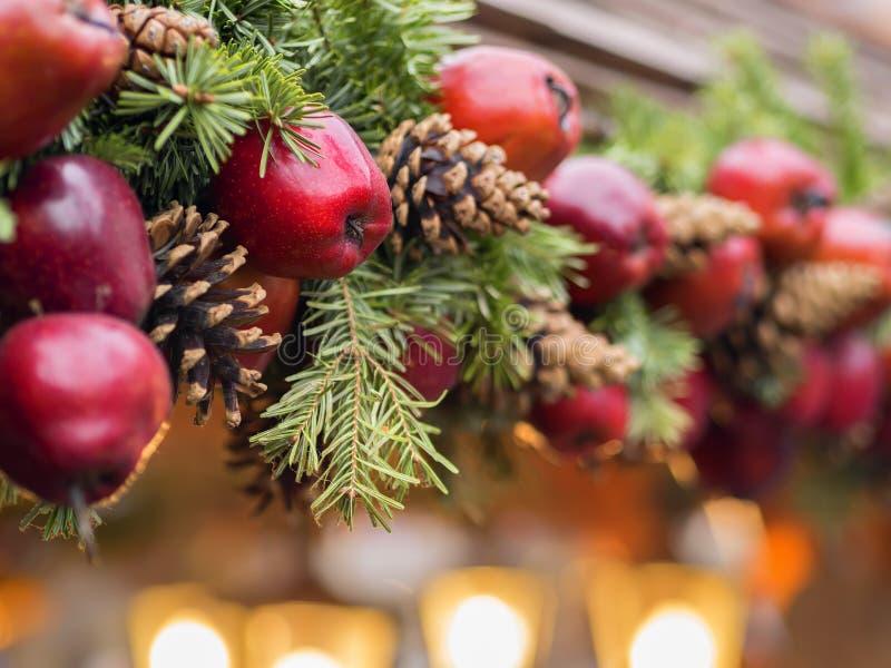 Mercato di Natale della decorazione di Apple fotografia stock