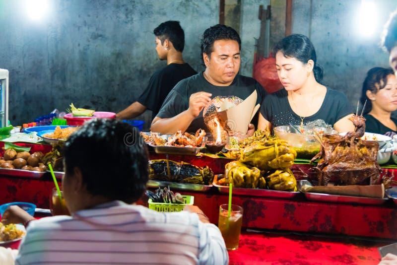Mercato di notte di Gianyar della provincia di Gianyar, Bali, Indonesia immagini stock libere da diritti