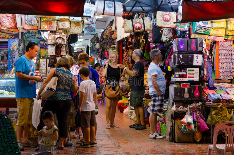 Mercato di notte di Siem Reap, Cambogia fotografie stock libere da diritti