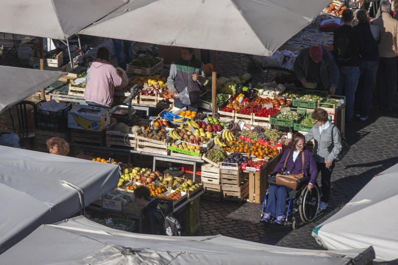 Mercato libero a Roma - Campo de Fiori fotografia stock libera da diritti