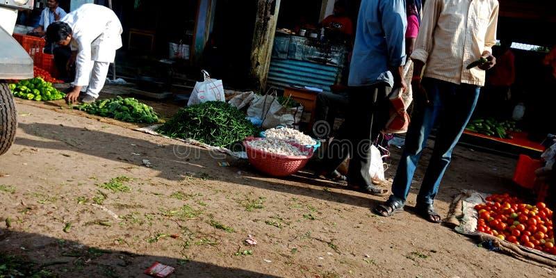 Mercato locale delle verdure dell'India alla città immagini stock