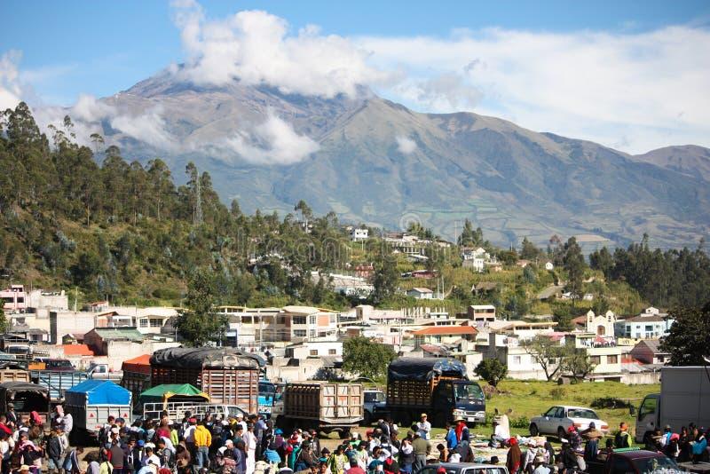 Mercato in tensione in Otavalo Ecuador fotografie stock libere da diritti