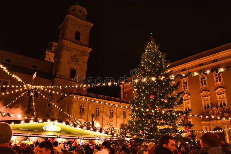 Mercato tradizionale di Natale a Salisburgo fotografia stock