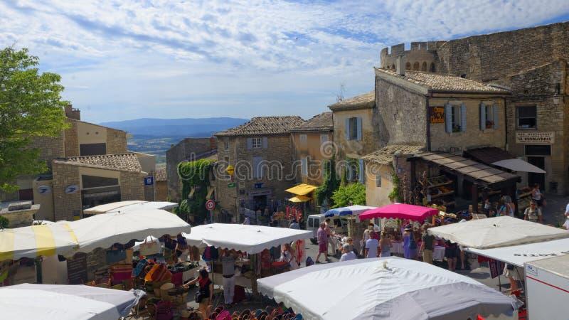 Mercato tradizionale in Gordes immagine stock