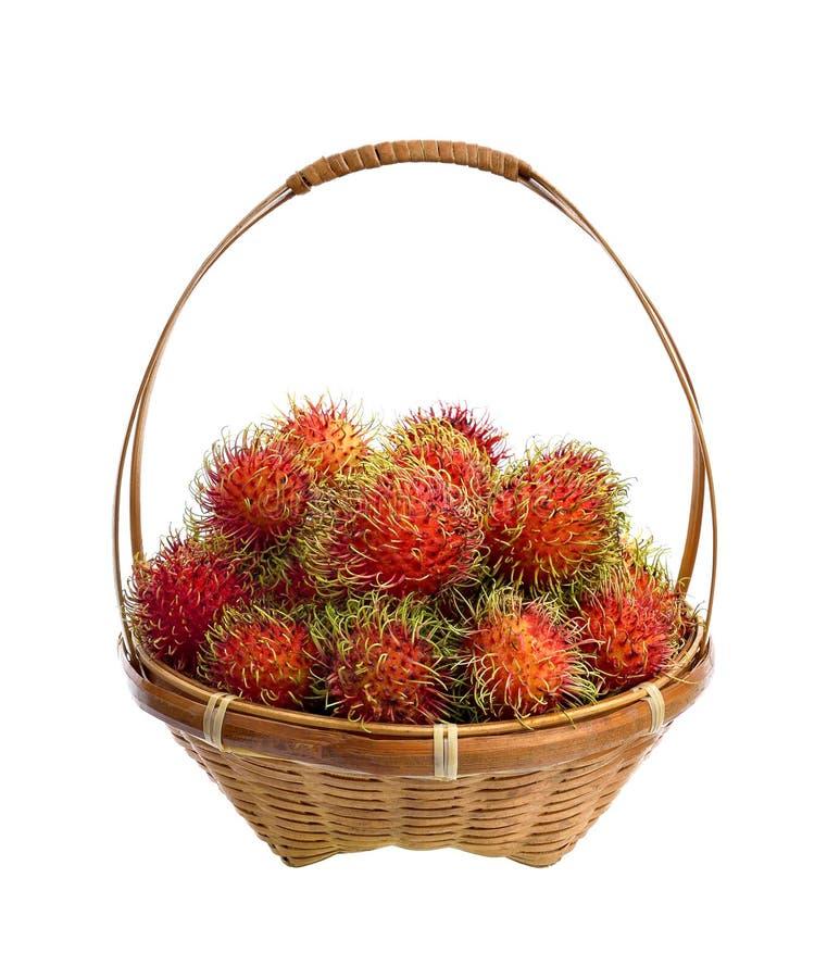 Merce nel carrello deliziosa dolce della frutta del Rambutan isolata su backg bianco immagine stock