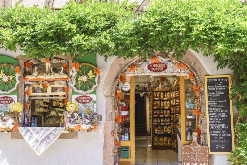 Mercearia francesa típica em Alsácia, França fotografia de stock royalty free