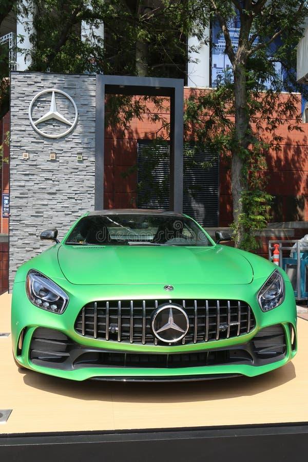 Mercedes-Benz AMG na pokazie przy Krajowym tenisa centrum podczas us open 2017 fotografia royalty free