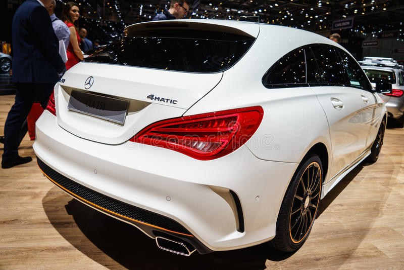Mercedes-Benz CLA 250, motorisk show Geneve 2015 arkivfoton