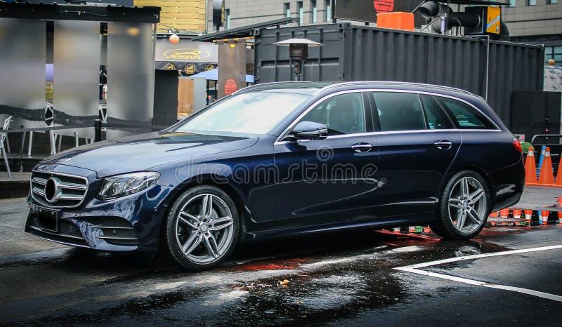 Mercedes-Benz E-grupp gods 2017 royaltyfri fotografi