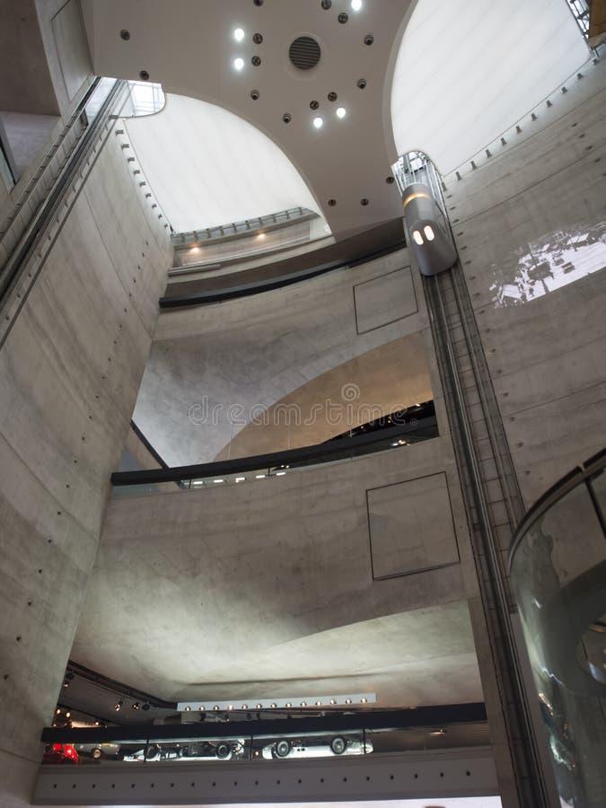 Mercedes-Benz Museum-atrium royalty-vrije stock afbeelding