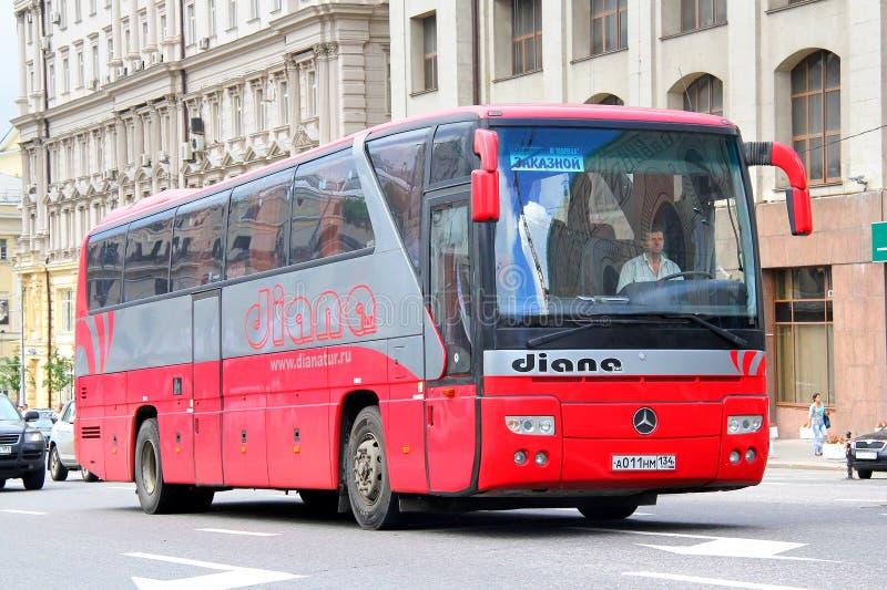 Download Mercedes-Benz O350RHD Tourismo Redactionele Foto - Afbeelding bestaande uit aandrijving, interlokaal: 39112276