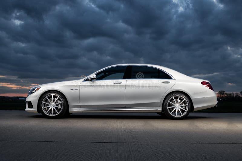 2015 Mercedes-Benz S63 AMG στοκ φωτογραφία με δικαίωμα ελεύθερης χρήσης