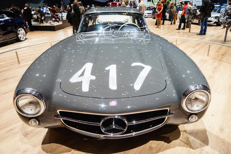 https://thumbs.dreamstime.com/b/mercedes-benz-sl-fitch-mille-miglia-motor-show-geneve-th-international-geneva-palexpo-switzerland-legendary-gullwing-51205303.jpg