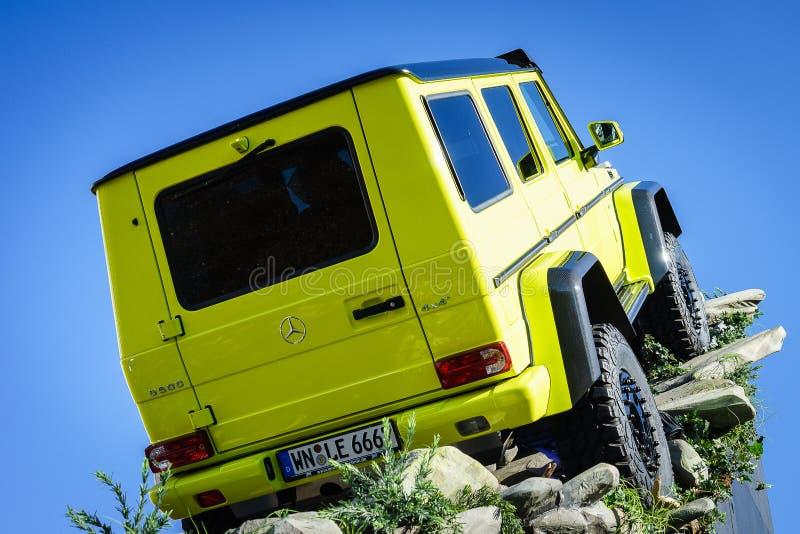 Mercedes Benz Tv Expecting The New toont Auto G 500 4x4, Motorshow Genève 2015 stock afbeeldingen