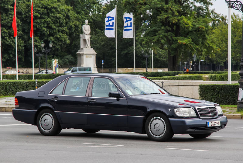 Mercedes-Benz W140 S-class editorial stock image. Image of ...